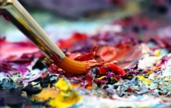 Cómo se llevan a cabo las pinturas realizadas por Kalisa